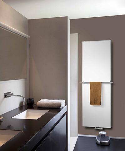vasco flat v line radiator vlakke voorplaat verticaal badkamer